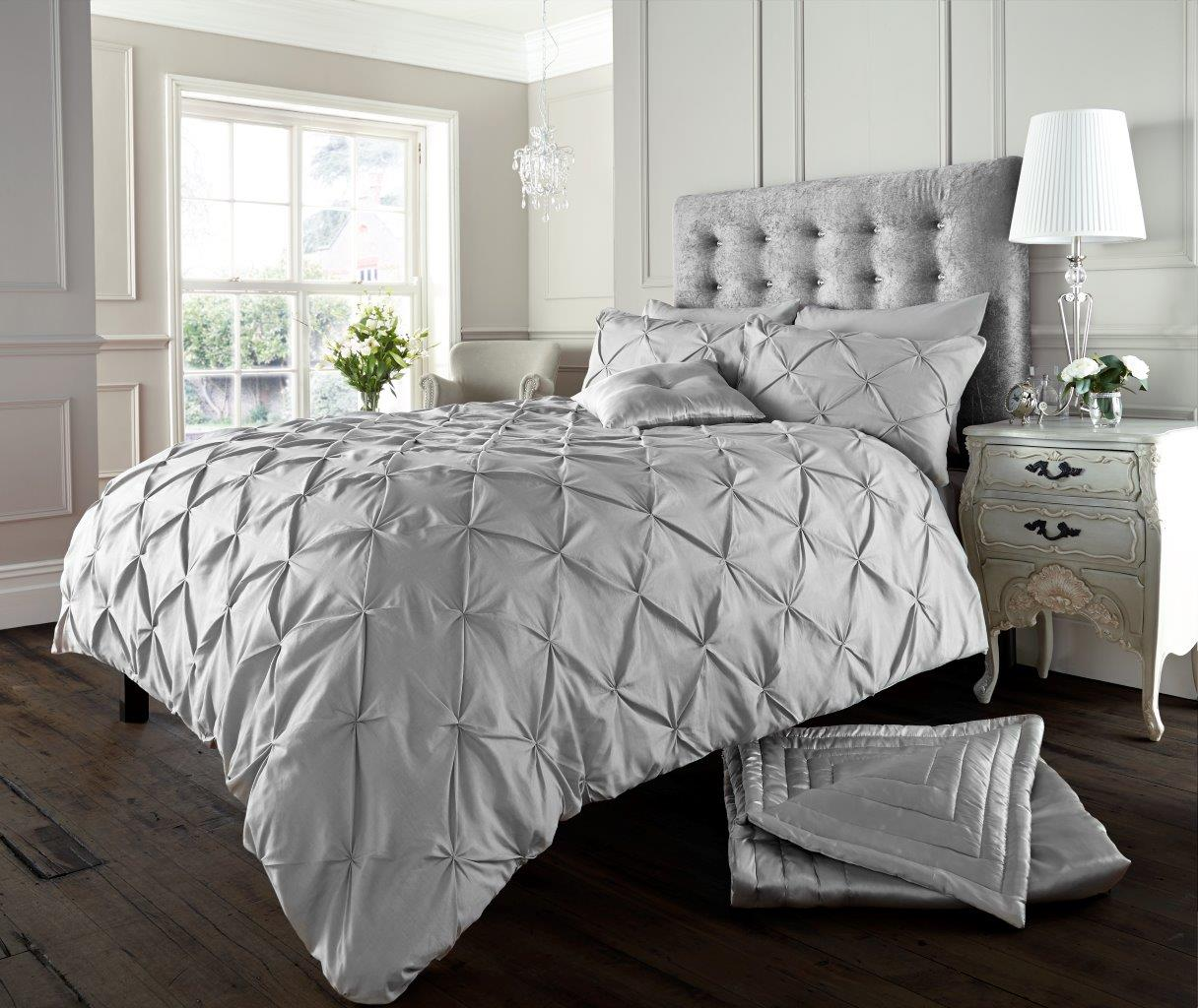 Alford Diamond Button Duvet Set Silver