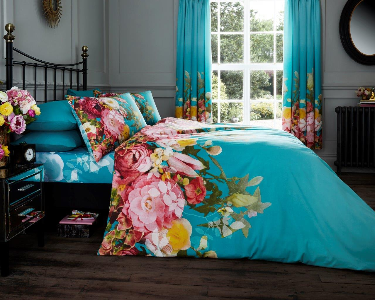 Fadded Floral Printed Curtain Set Teal