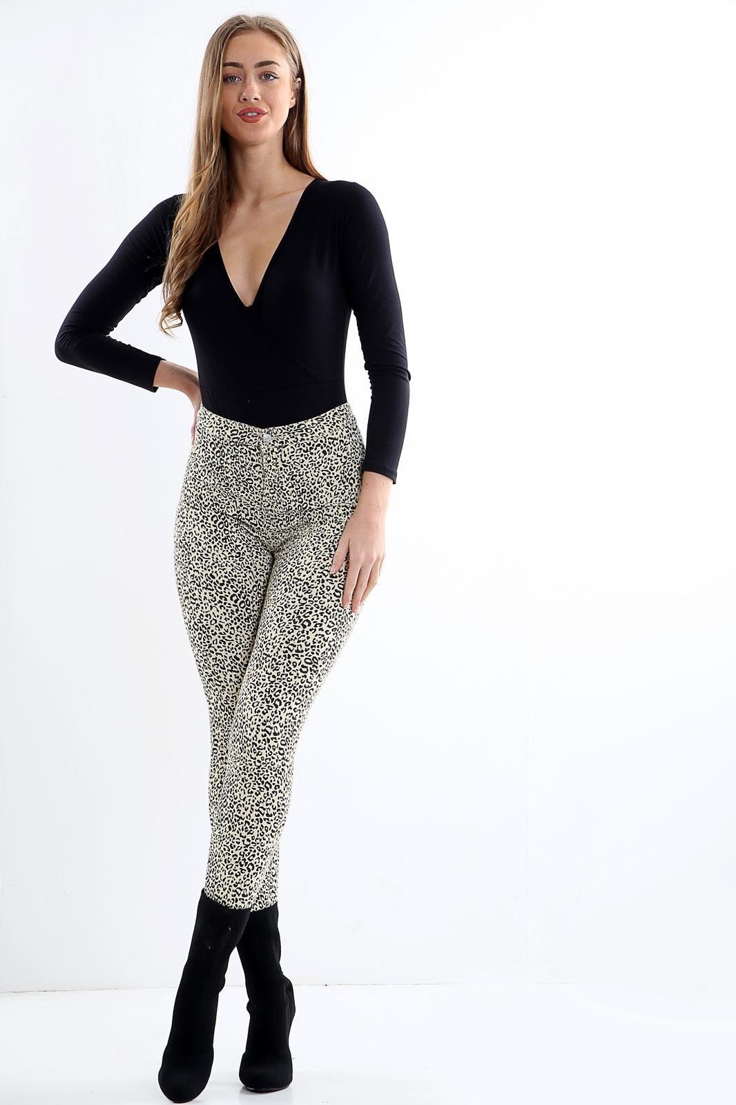 Ladies Leopard Print high waisted jeans