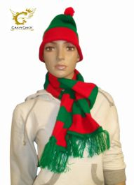 Green Red Scarf