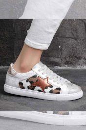 Cheetah & Star Motif Trainer White