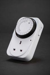 Dencon Large 24 Hour Plug In Timer
