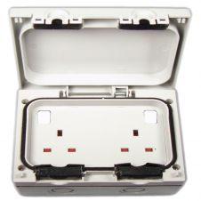 Dencon Outdoor IP66 13 Amp 2 Gang Switch Socket