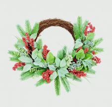 Premier Rattan Wreath - With Berries 45cm