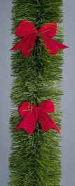 Premier Tinsel With Red Bows - 2.7m x 20cm