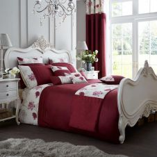 SIGNATURE KOH DUVET SET DEEP RED